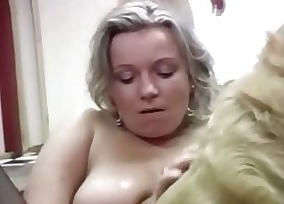 MILF opens her special hole for a doggy
